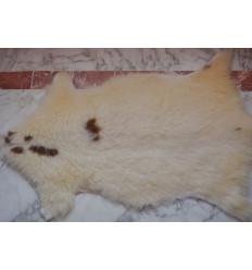 Peau de mouton naturelle : Tachetée