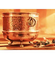 Vase en cuivre martelé