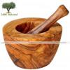 Mortero y mano en madera de olivo